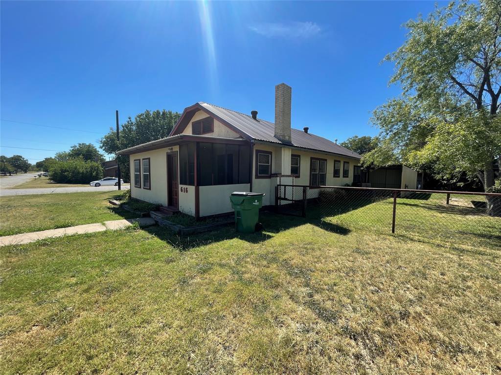 616 Frio  Street, Coleman, Texas 76834 - Acquisto Real Estate best frisco realtor Amy Gasperini 1031 exchange expert