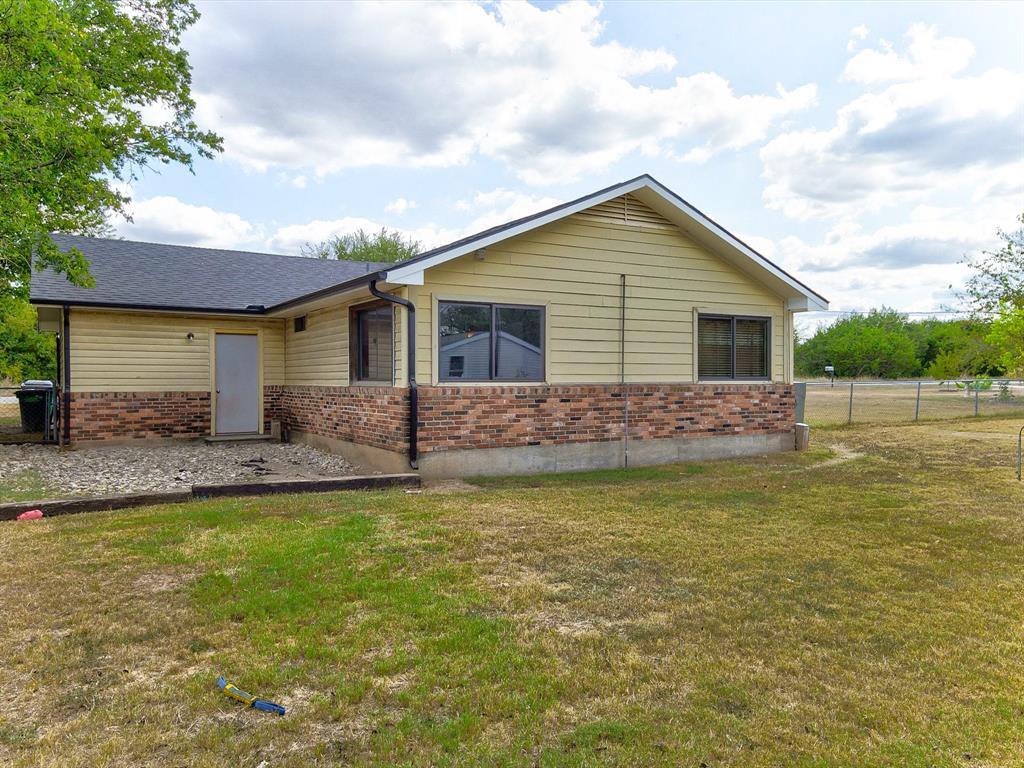 2908 Blackjack  Lane, Granbury, Texas 76048 - Acquisto Real Estate best frisco realtor Amy Gasperini 1031 exchange expert
