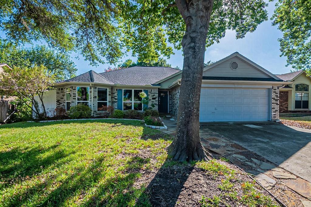 4816 Waxwing  Drive, Arlington, Texas 76018 - Acquisto Real Estate best frisco realtor Amy Gasperini 1031 exchange expert