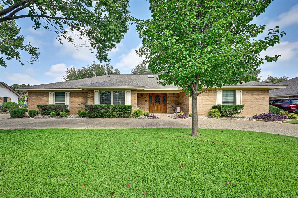 1115 Pebble Beach  Drive, Mansfield, Texas 76063 - Acquisto Real Estate best frisco realtor Amy Gasperini 1031 exchange expert