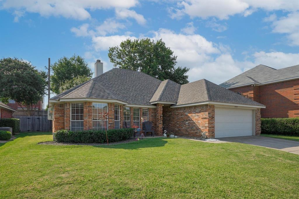 3009 Clairemont  Lane, Euless, Texas 76039 - Acquisto Real Estate best frisco realtor Amy Gasperini 1031 exchange expert