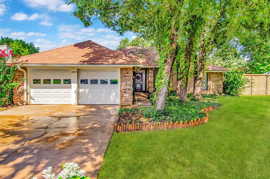 8979 Bradley  Drive, North Richland Hills, Texas 76182 - Acquisto Real Estate best frisco realtor Amy Gasperini 1031 exchange expert