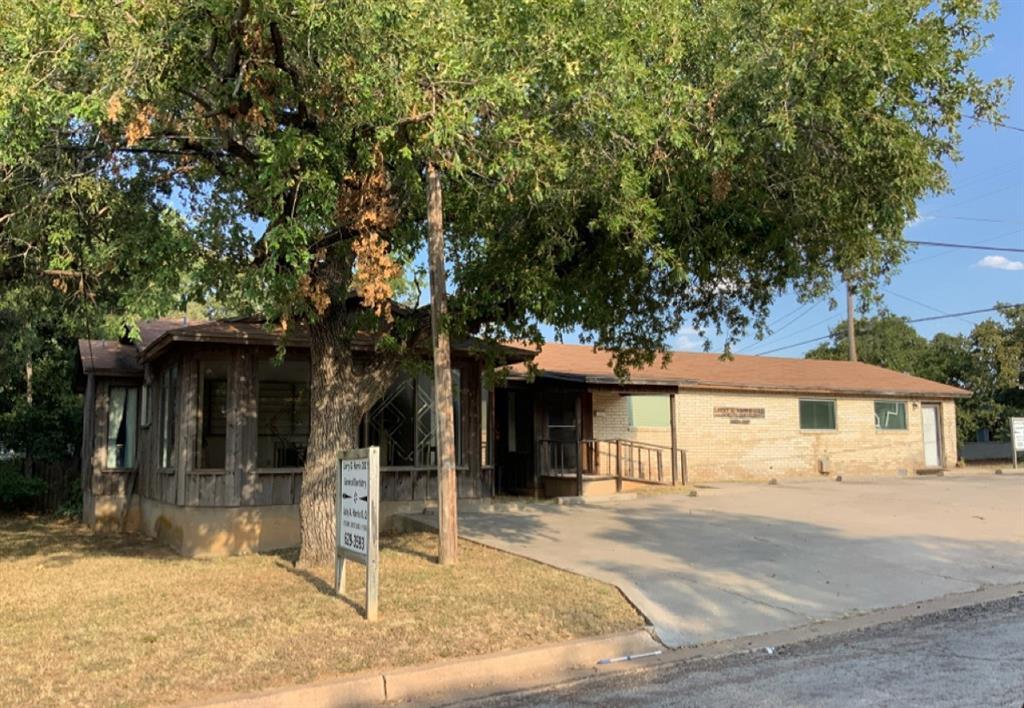 711 Commerce  Street, Eastland, Texas 76448 - Acquisto Real Estate best frisco realtor Amy Gasperini 1031 exchange expert
