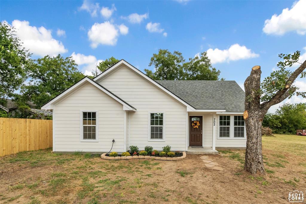 702 Irby  Comanche, Texas 76442 - Acquisto Real Estate best frisco realtor Amy Gasperini 1031 exchange expert