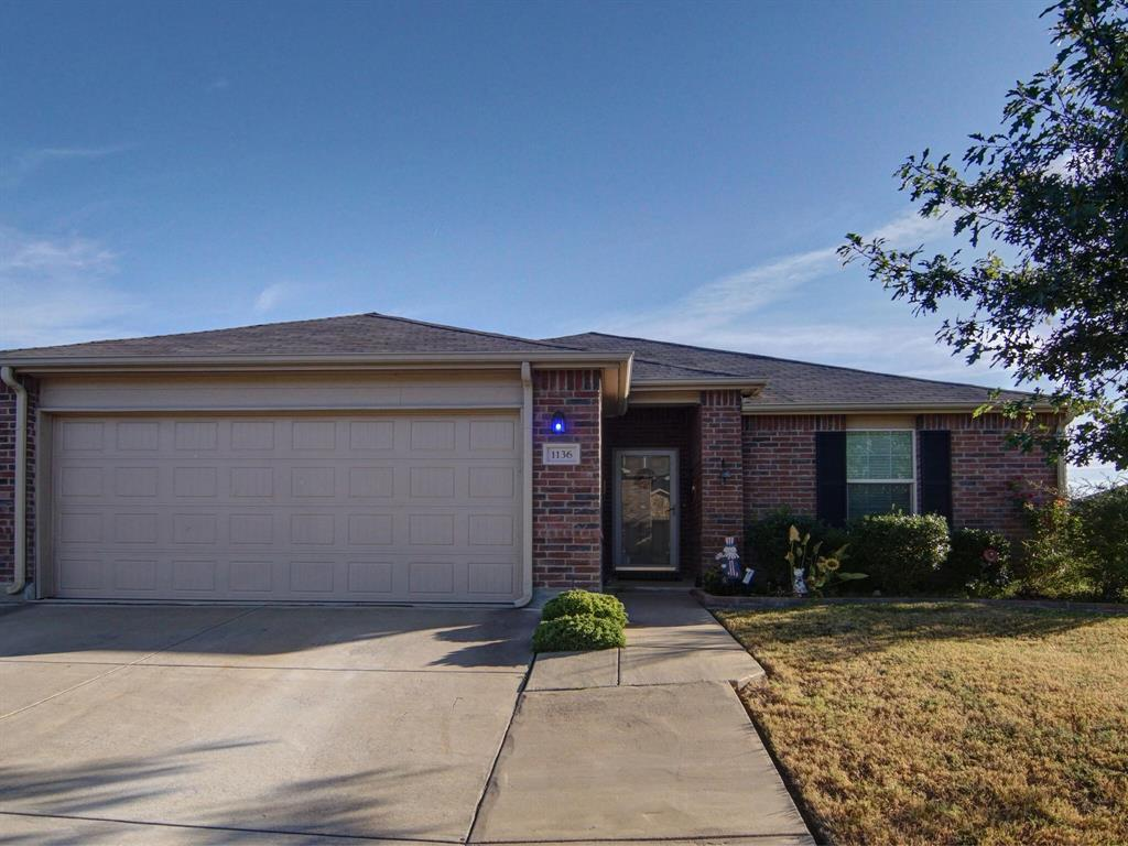 1136 Foxglove  Lane, Burleson, Texas 76028 - Acquisto Real Estate best frisco realtor Amy Gasperini 1031 exchange expert