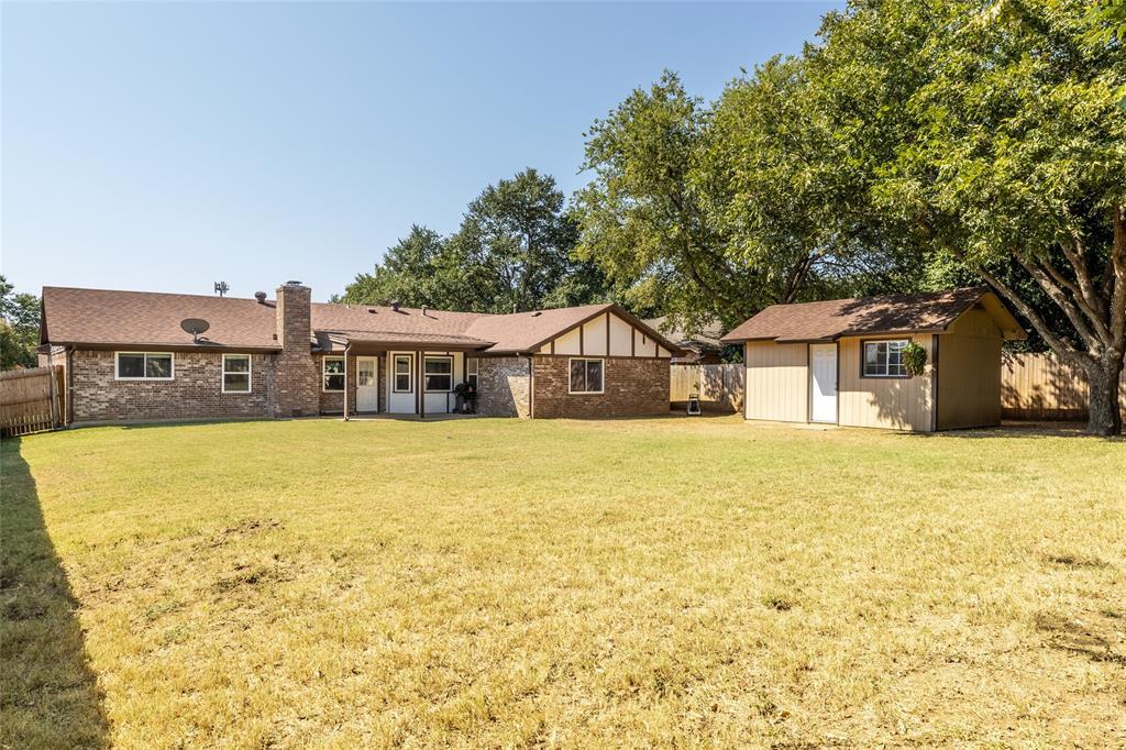 6533 Victoria  Avenue, North Richland Hills, Texas 76180 - Acquisto Real Estate best frisco realtor Amy Gasperini 1031 exchange expert