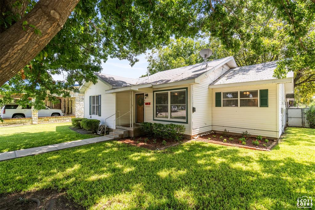 109 Commerce  Street, San Saba, Texas 76877 - Acquisto Real Estate best frisco realtor Amy Gasperini 1031 exchange expert