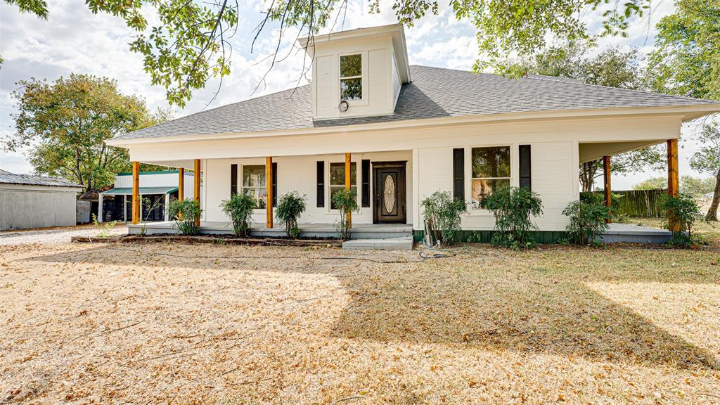 109 Henderson  Street, Itasca, Texas 76055 - Acquisto Real Estate best frisco realtor Amy Gasperini 1031 exchange expert