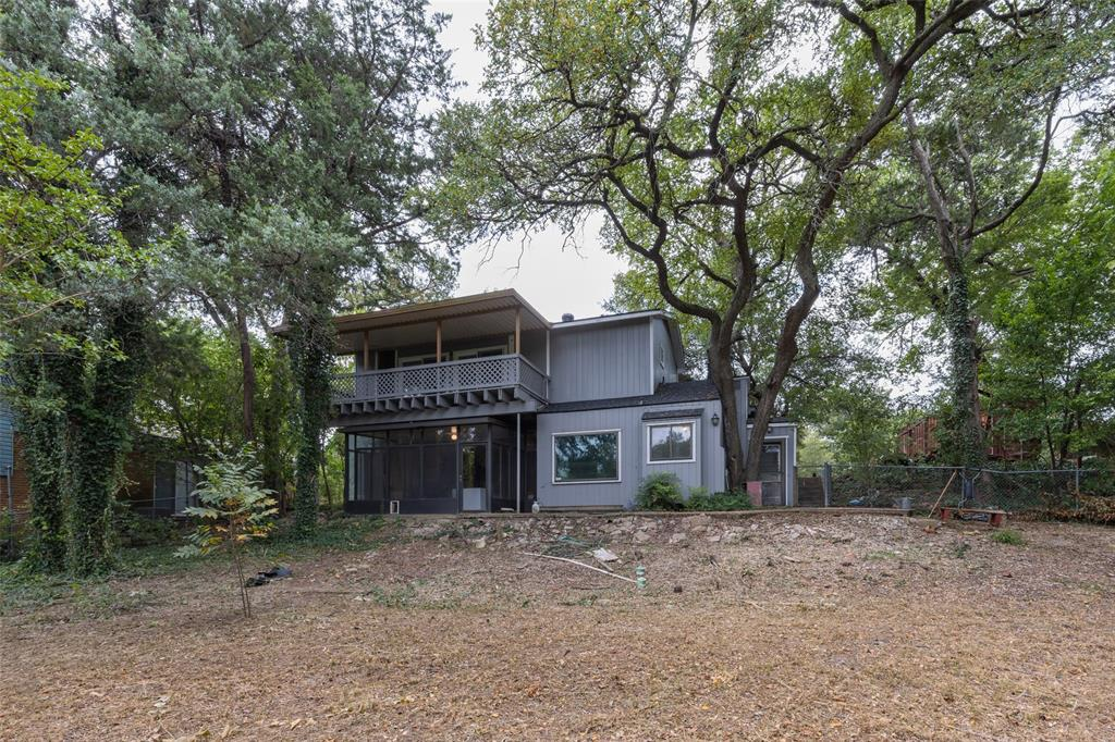1731 Elmwood  Boulevard, Dallas, Texas 75224 - Acquisto Real Estate best frisco realtor Amy Gasperini 1031 exchange expert