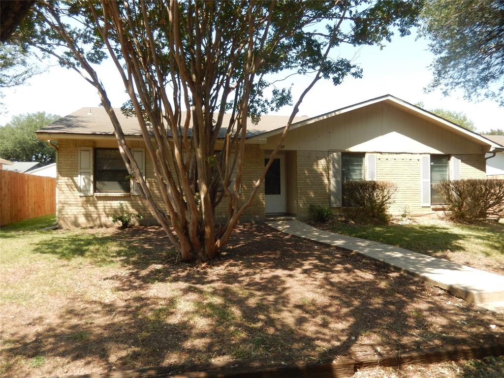 7109 Chinaberry  Road, Dallas, Texas 75249 - Acquisto Real Estate best frisco realtor Amy Gasperini 1031 exchange expert