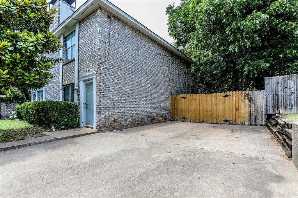 105 Graystone  Place, Duncanville, Texas 75137 - Acquisto Real Estate best frisco realtor Amy Gasperini 1031 exchange expert