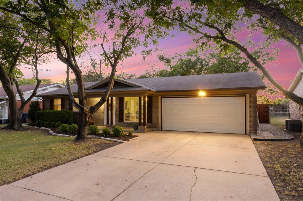 6067 Lalagray  Lane, Watauga, Texas 76148 - Acquisto Real Estate best frisco realtor Amy Gasperini 1031 exchange expert
