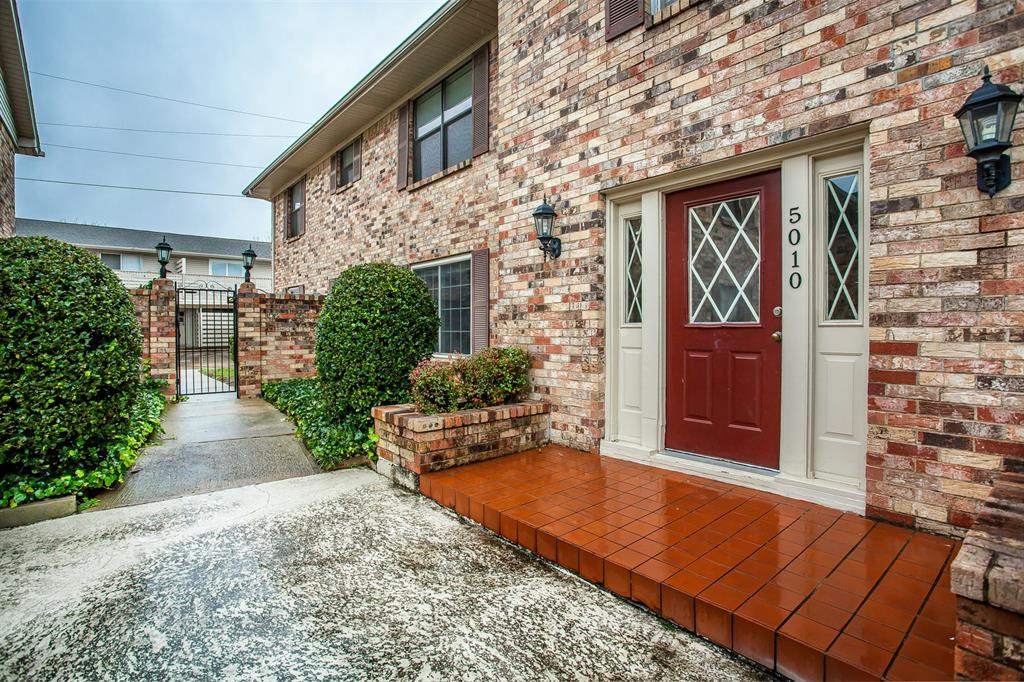 5010 Matilda  Street, Dallas, Texas 75206 - Acquisto Real Estate best frisco realtor Amy Gasperini 1031 exchange expert