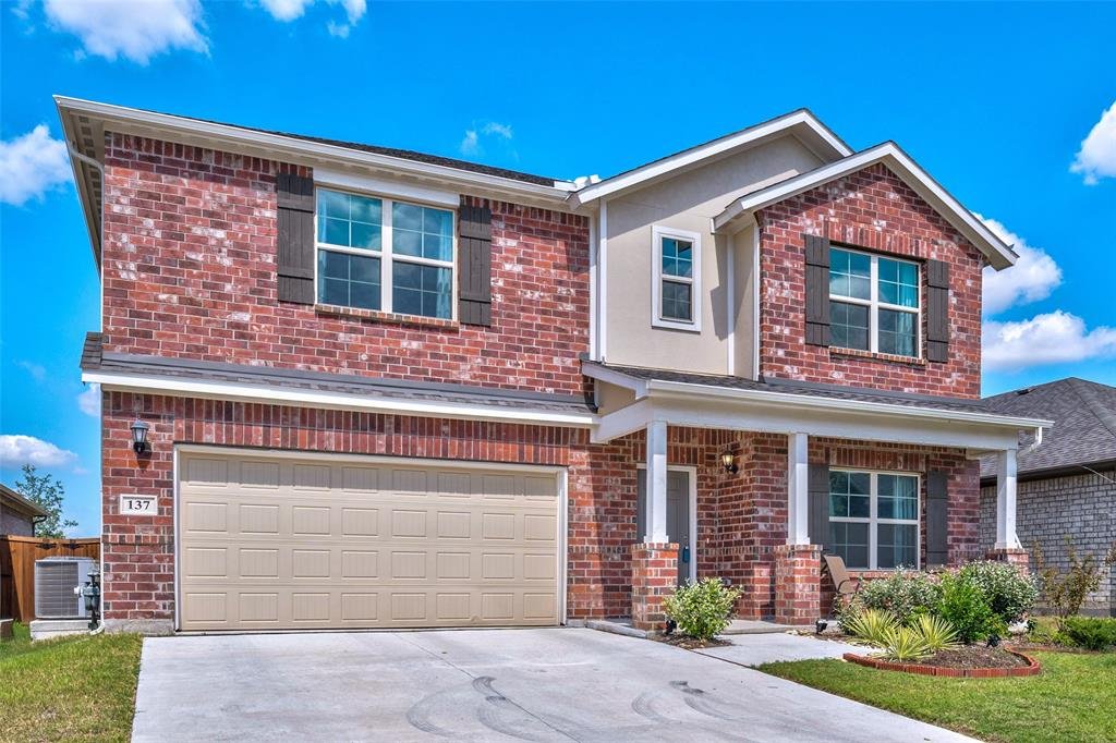 137 Mossy Oak  Trail, Fort Worth, Texas 76131 - Acquisto Real Estate best frisco realtor Amy Gasperini 1031 exchange expert