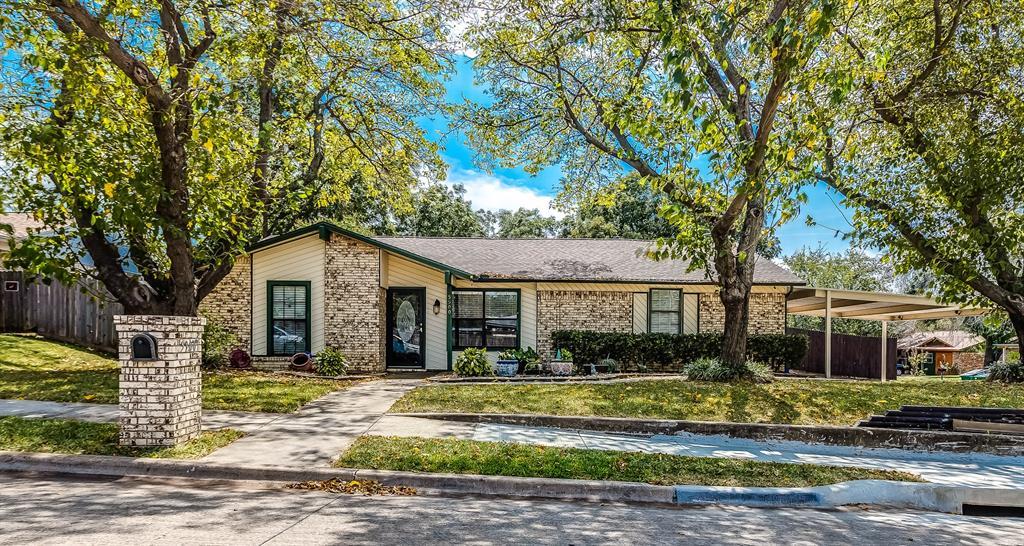 5900 Rickee  Drive, Watauga, Texas 76148 - Acquisto Real Estate best frisco realtor Amy Gasperini 1031 exchange expert