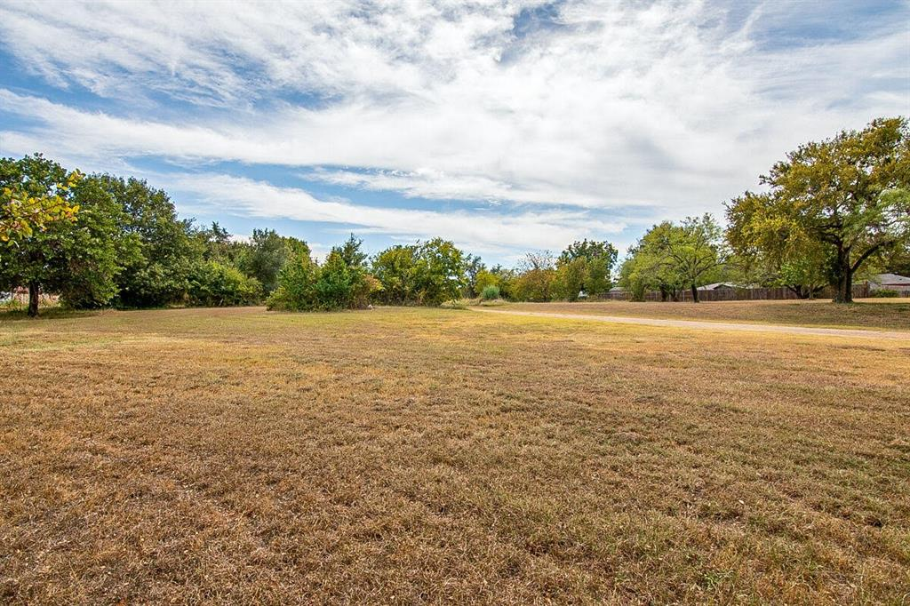 4017 Rench  Road, Lake Worth, Texas 76135 - Acquisto Real Estate best frisco realtor Amy Gasperini 1031 exchange expert