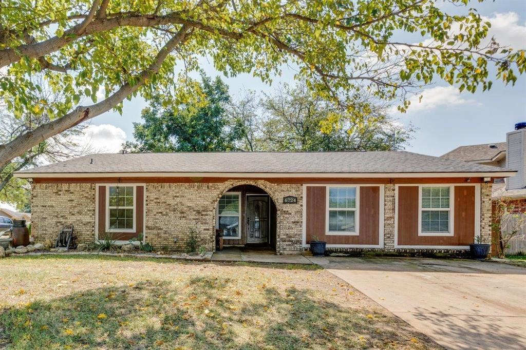 6724 Nola  Court, Watauga, Texas 76148 - Acquisto Real Estate best frisco realtor Amy Gasperini 1031 exchange expert