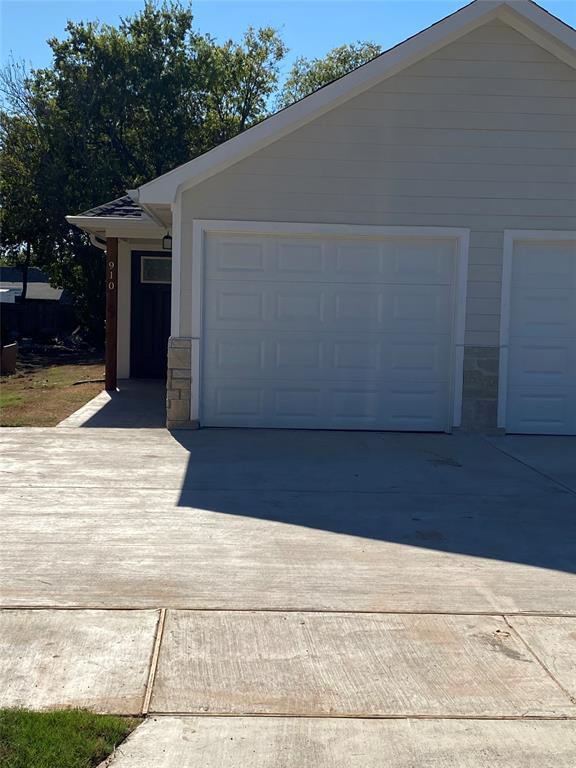 910 Throckmorton  910, Sherman, Texas 75090 - Acquisto Real Estate best frisco realtor Amy Gasperini 1031 exchange expert