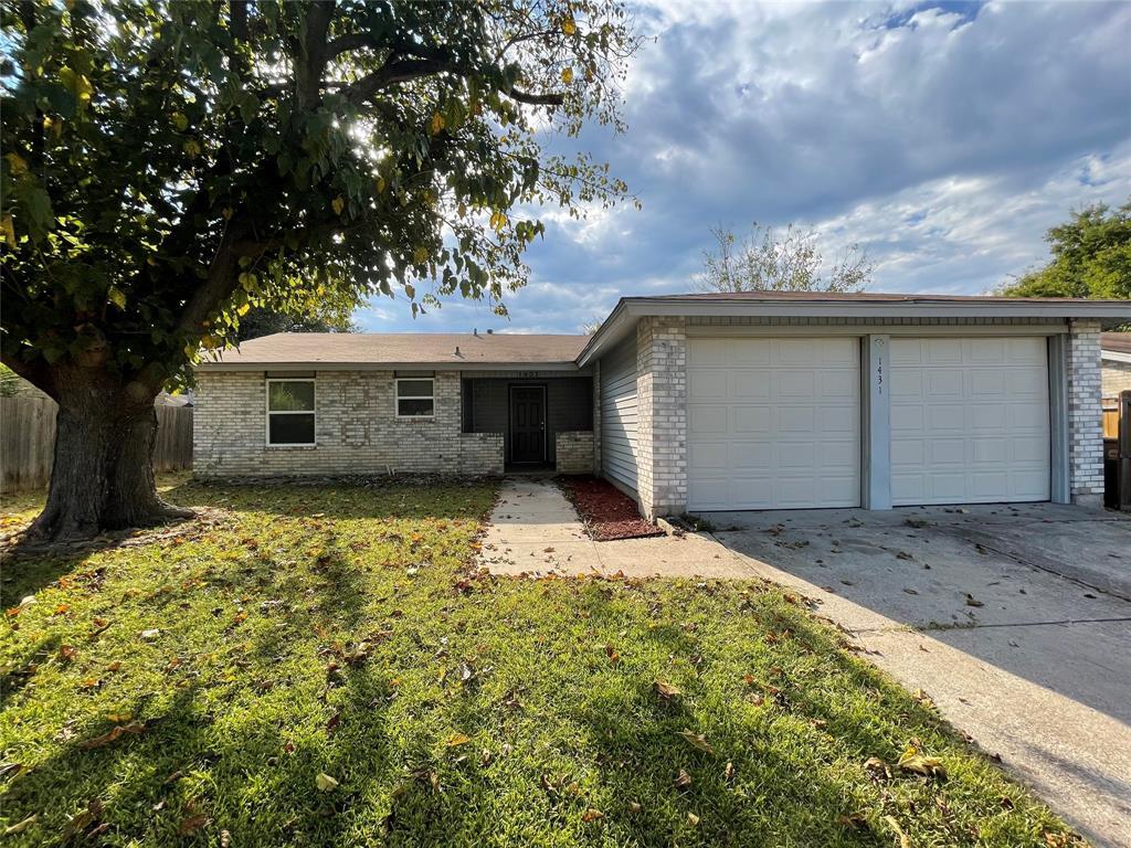 1431 Willowbrook  Street, Lancaster, Texas 75134 - Acquisto Real Estate best frisco realtor Amy Gasperini 1031 exchange expert