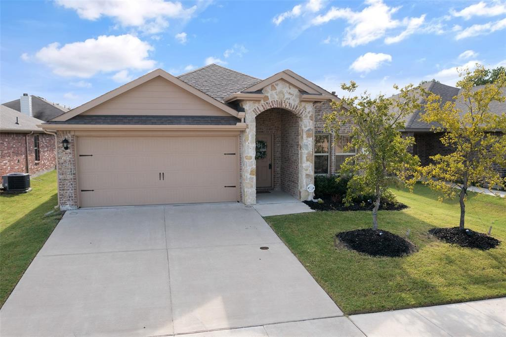 3103 Winding Meadow  Trail, Princeton, Texas 75407 - Acquisto Real Estate best frisco realtor Amy Gasperini 1031 exchange expert