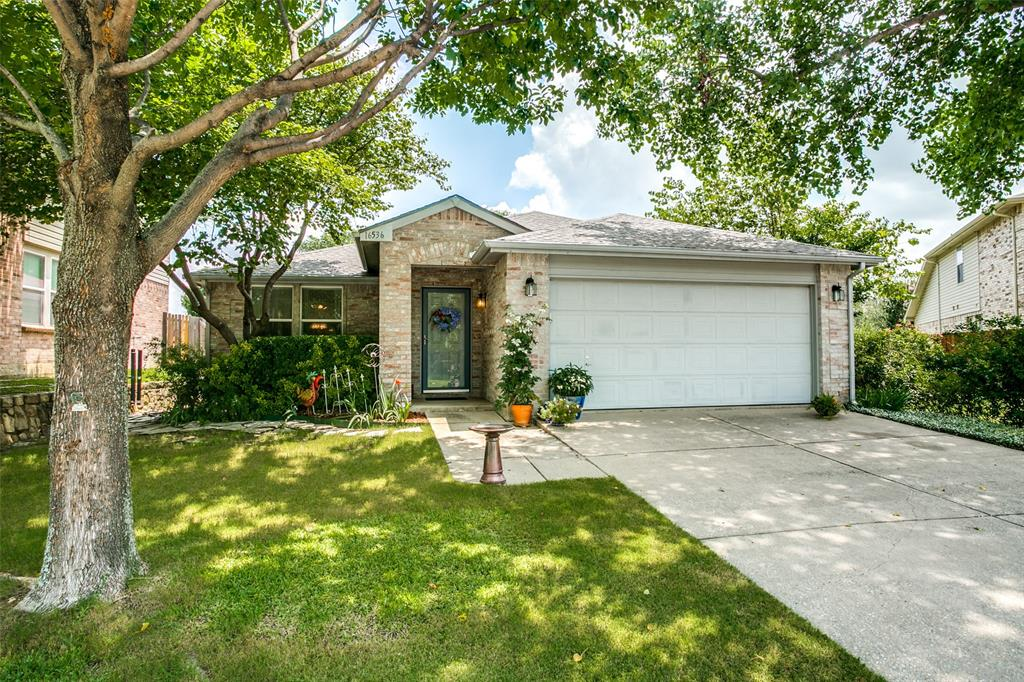 16536 Jasmine Springs  Drive, Fort Worth, Texas 76247 - Acquisto Real Estate best frisco realtor Amy Gasperini 1031 exchange expert