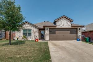 428 Millbrook Lane  Crowley, Texas 76036 - Acquisto Real Estate best frisco realtor Amy Gasperini 1031 exchange expert