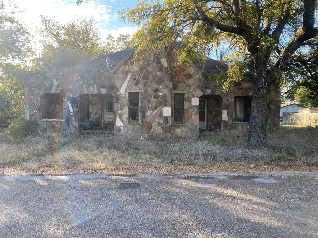 200 Kidds  Iredell, Texas 76649 - Acquisto Real Estate best frisco realtor Amy Gasperini 1031 exchange expert