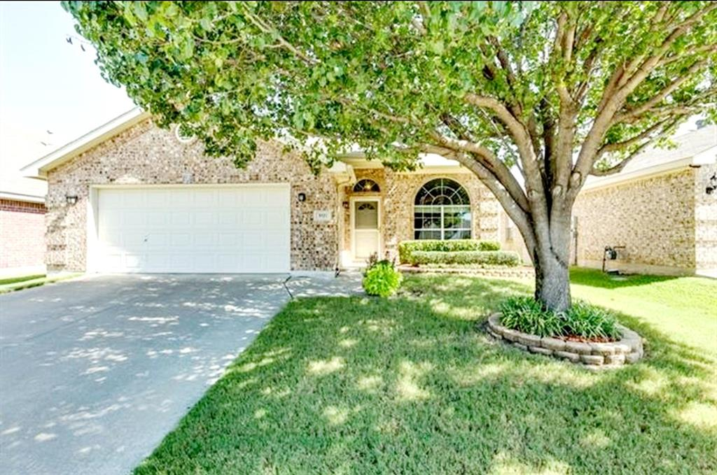 9121 Rushing River  Drive, Fort Worth, Texas 76118 - Acquisto Real Estate best frisco realtor Amy Gasperini 1031 exchange expert