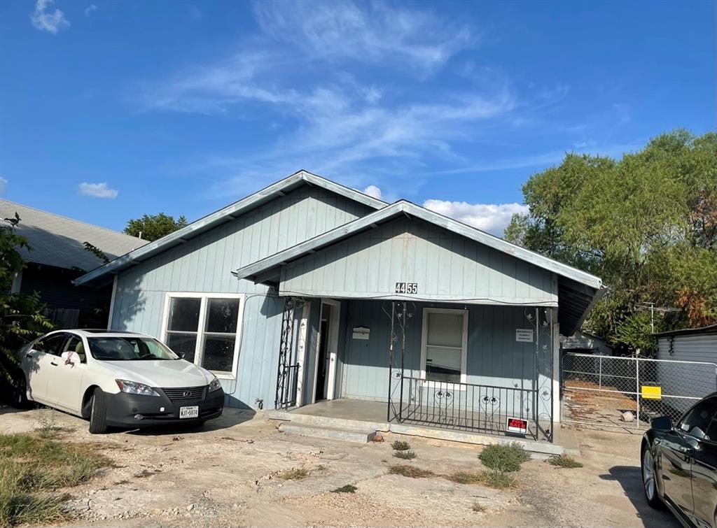 4455 Hemphill  Street, Fort Worth, Texas 76115 - Acquisto Real Estate best frisco realtor Amy Gasperini 1031 exchange expert