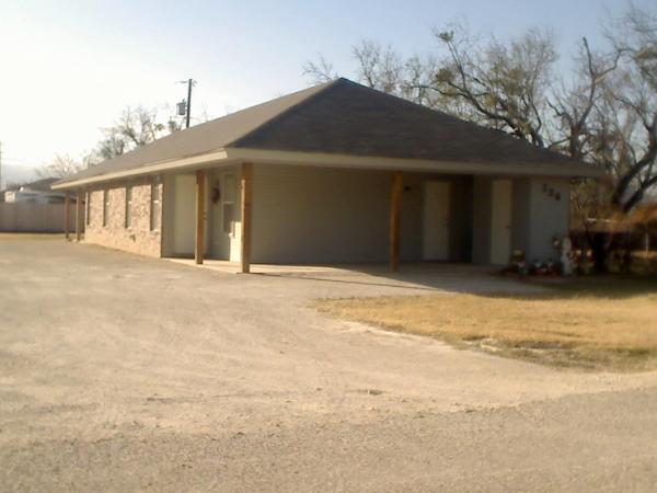 136 Nolan  B, Tye, Texas 79563 - Acquisto Real Estate best frisco realtor Amy Gasperini 1031 exchange expert