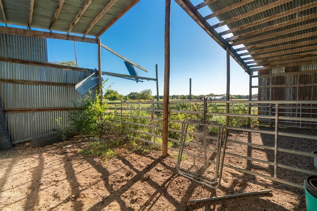 2107 Farm Road 3132  Klondike, Texas 75448 - Acquisto Real Estate best frisco realtor Amy Gasperini 1031 exchange expert