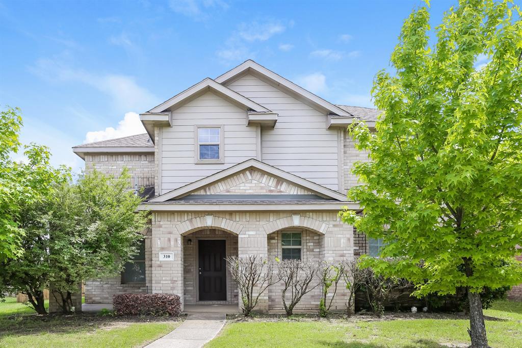310 Quail Run  Road, Red Oak, Texas 75154 - Acquisto Real Estate best frisco realtor Amy Gasperini 1031 exchange expert