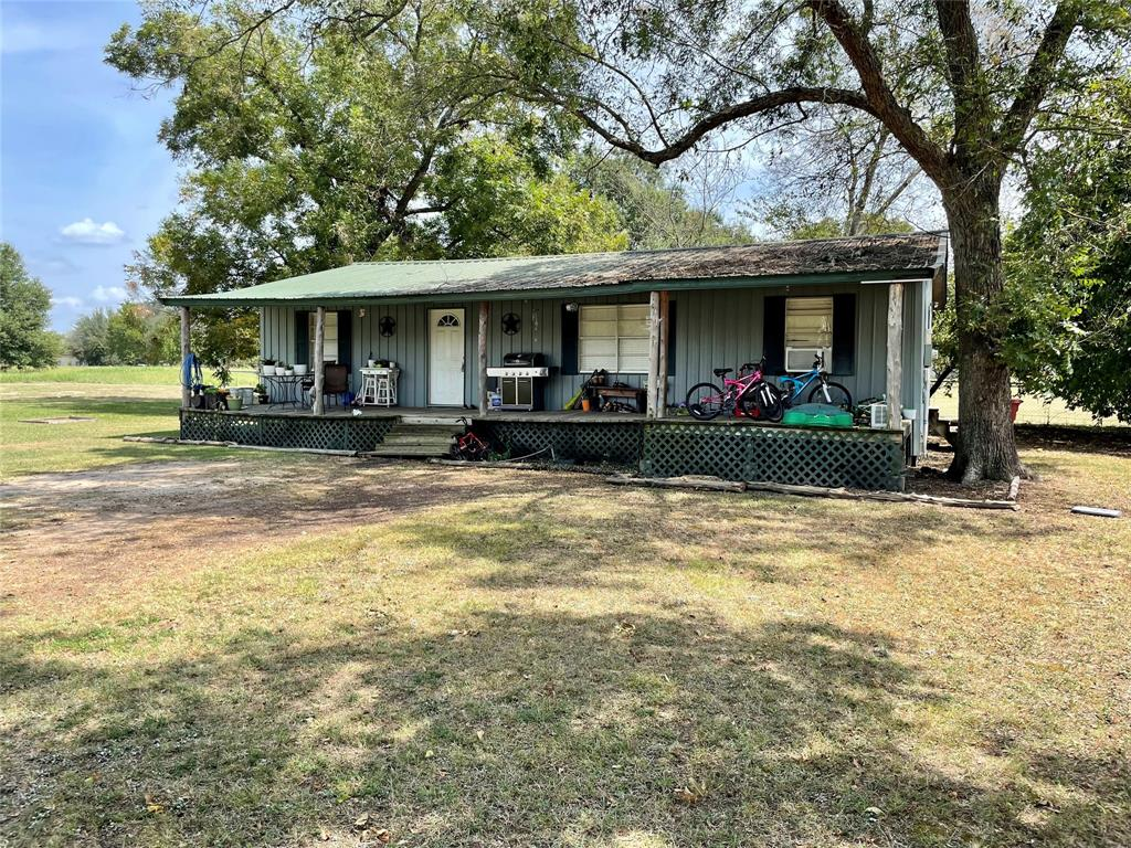 104 Gaskins  Como, Texas 75431 - Acquisto Real Estate best frisco realtor Amy Gasperini 1031 exchange expert