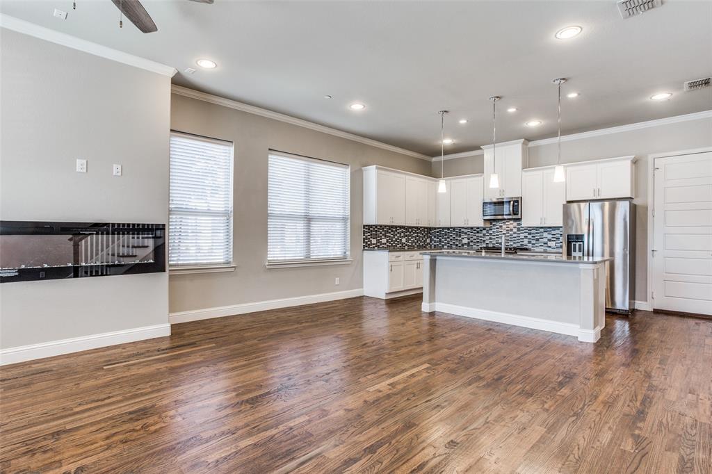 2801 Lindale  Drive, Carrollton, Texas 75010 - Acquisto Real Estate best frisco realtor Amy Gasperini 1031 exchange expert