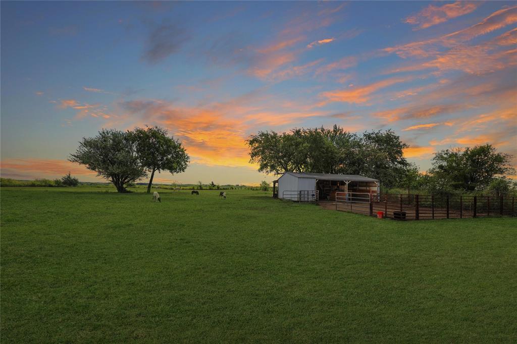 2532 Old Dorchester  Road, Sherman, Texas 75092 - Acquisto Real Estate best frisco realtor Amy Gasperini 1031 exchange expert