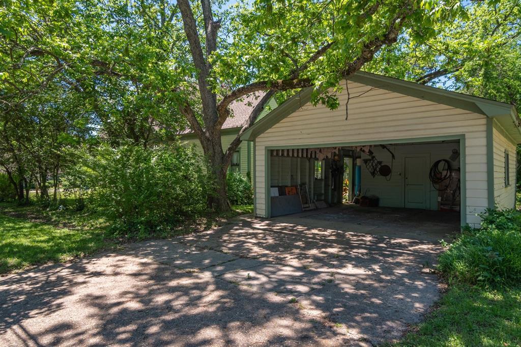 309 Bryant  Street, Troup, Texas 75789 - Acquisto Real Estate best frisco realtor Amy Gasperini 1031 exchange expert