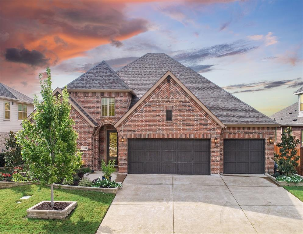 1104 Thornhill  Way, Roanoke, Texas 76262 - Acquisto Real Estate best frisco realtor Amy Gasperini 1031 exchange expert