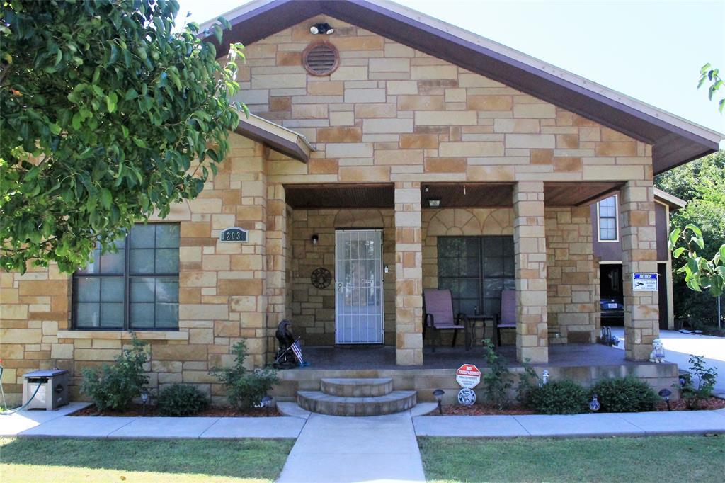 1203 Dry  Street, San Saba, Texas 76877 - Acquisto Real Estate best frisco realtor Amy Gasperini 1031 exchange expert