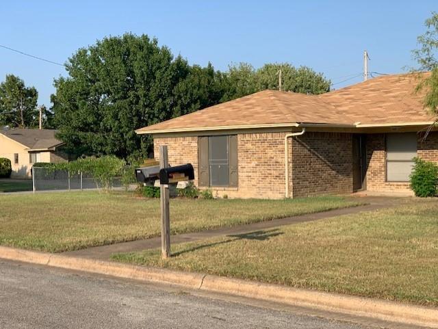 1001 Poplar  Street, Benbrook, Texas 76126 - Acquisto Real Estate best frisco realtor Amy Gasperini 1031 exchange expert