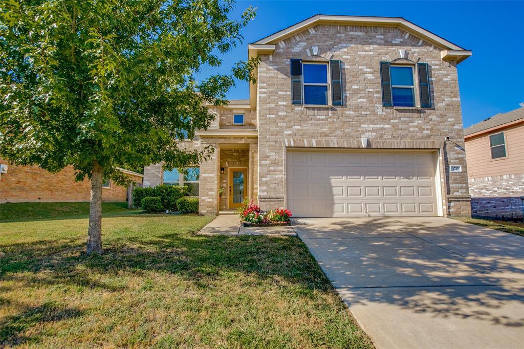 1215 Alhambra  Drive, Lancaster, Texas 75146 - Acquisto Real Estate best frisco realtor Amy Gasperini 1031 exchange expert