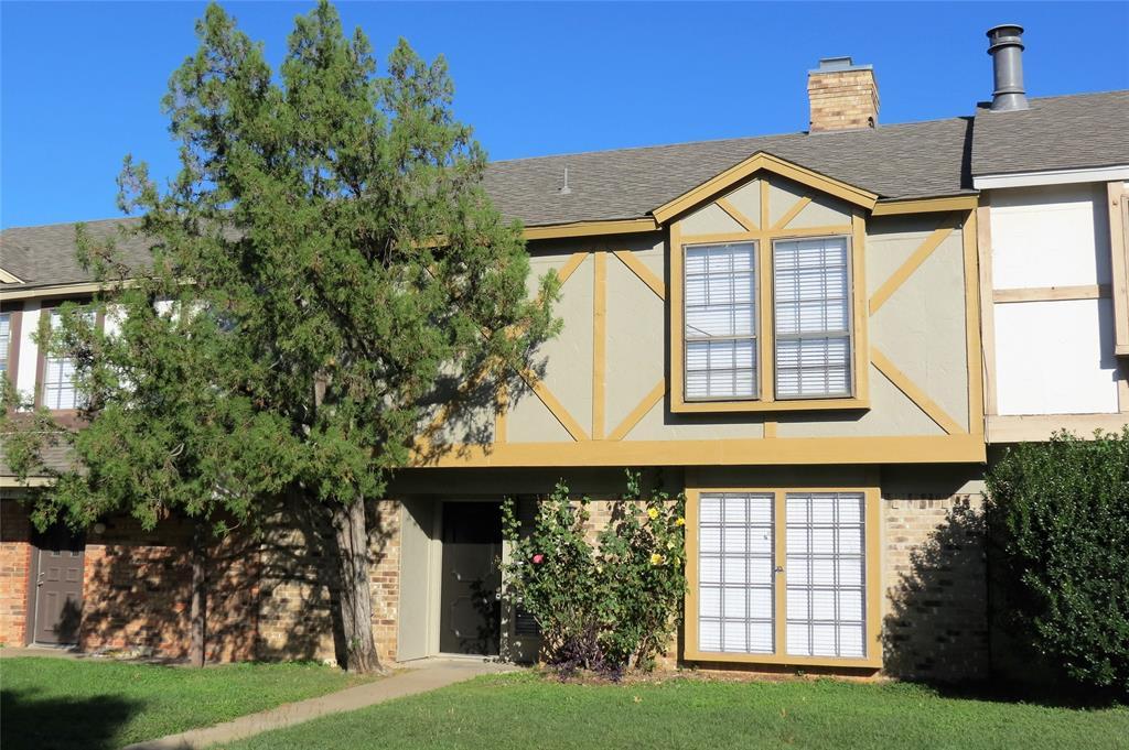 2219 Madrid  Court, Dalworthington Gardens, Texas 76013 - Acquisto Real Estate best frisco realtor Amy Gasperini 1031 exchange expert