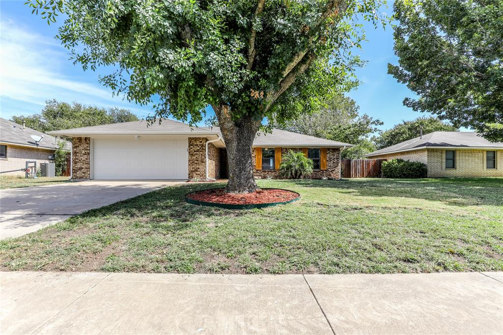 521 Canary  Lane, Red Oak, Texas 75154 - Acquisto Real Estate best frisco realtor Amy Gasperini 1031 exchange expert