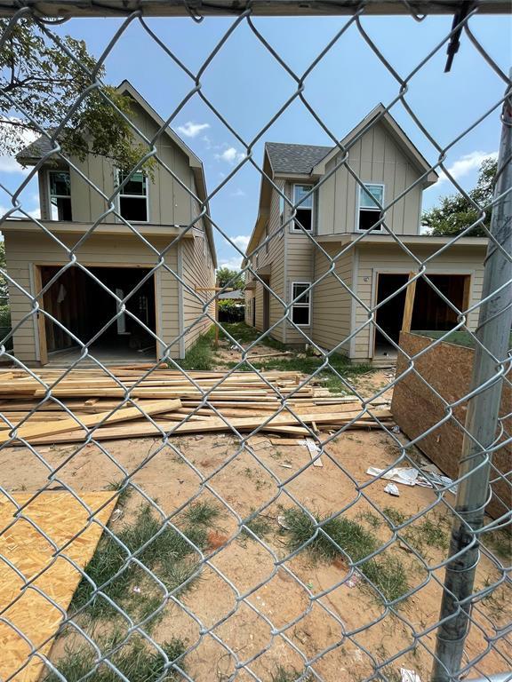2626 Valentine  Street, Dallas, Texas 75215 - Acquisto Real Estate best frisco realtor Amy Gasperini 1031 exchange expert