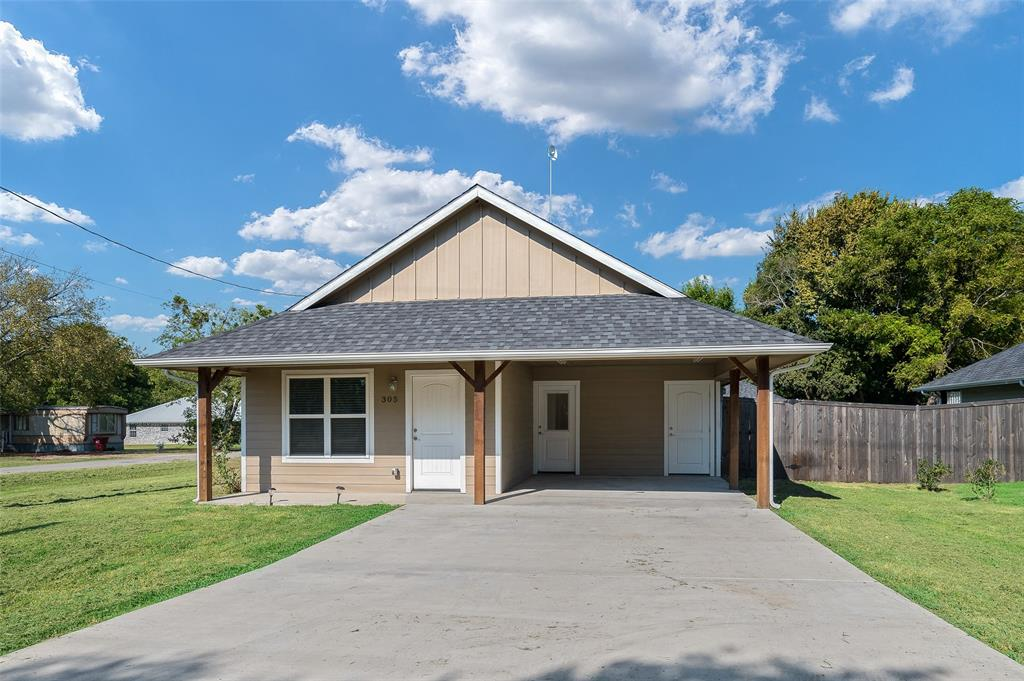 305 Cedar  Street, Leonard, Texas 75452 - Acquisto Real Estate best frisco realtor Amy Gasperini 1031 exchange expert