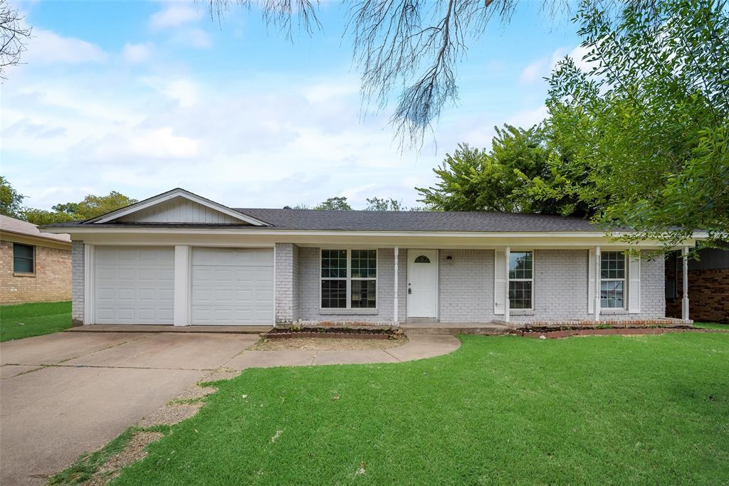900 Madrid  Street, Hurst, Texas 76053 - Acquisto Real Estate best frisco realtor Amy Gasperini 1031 exchange expert