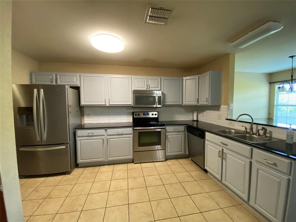 3949 Vista Mar  Drive, Fort Worth, Texas 76040 - Acquisto Real Estate best frisco realtor Amy Gasperini 1031 exchange expert