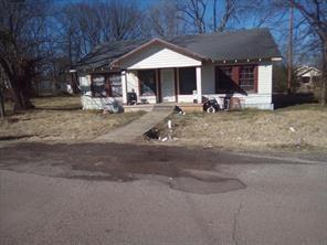 801 Pierce  Street, Clarksville, Texas 75426 - Acquisto Real Estate best frisco realtor Amy Gasperini 1031 exchange expert