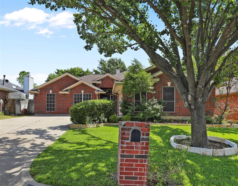 6205 Woolwich  Drive, Arlington, Texas 76001 - Acquisto Real Estate best frisco realtor Amy Gasperini 1031 exchange expert