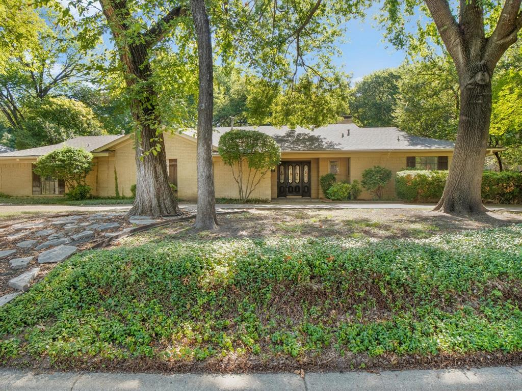 4933 Riverbend  Drive, Fort Worth, Texas 76109 - Acquisto Real Estate best frisco realtor Amy Gasperini 1031 exchange expert