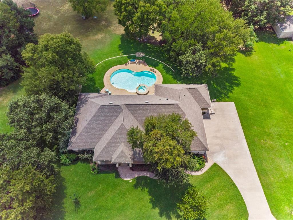 115 Driftwood  Court, Cresson, Texas 76035 - Acquisto Real Estate best frisco realtor Amy Gasperini 1031 exchange expert